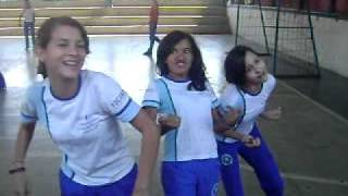 As Alunas Tallytta , Vanessinha e Mellis    Cantandoo a Musica DIG DIG JOY   de Sandy e Junior