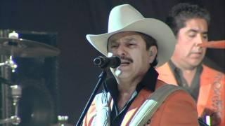 """Los Invasores de Nuevo Leon """"A Mi Que Me Quedo"""" 30 ANIVERSARIO EN VIVO HD"""