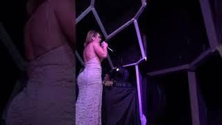 """Gaby Spanic canta """"La Usurpadora"""" en Belo Horizonte"""
