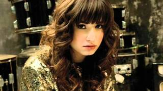 Demi Lovato-Don't Forget lyrics in description..wmv