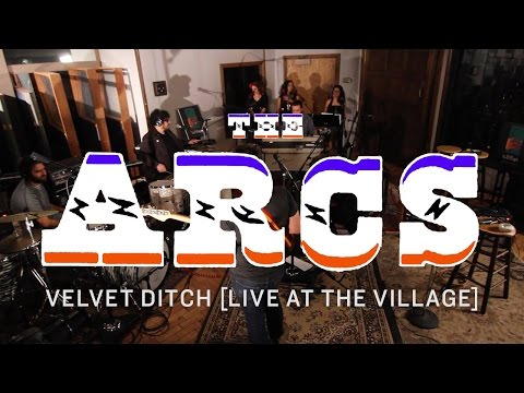 the-arcs-velvet-ditch-live-at-the-village-the-arcs