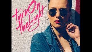 THAYNA - Turn On The Light / 2016 Kizomba