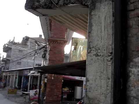 The Fair Tailor – Videodagbok 5 – Spel på en gata i Kathmandu – Swedish