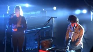 London Grammar - Stay Awake (HD) Live In Paris 2014