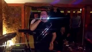 Nesa Markovic i Kiril Kotrulev-Kiko - Trazis mnogo od jivota(zurka 03.03.2018)