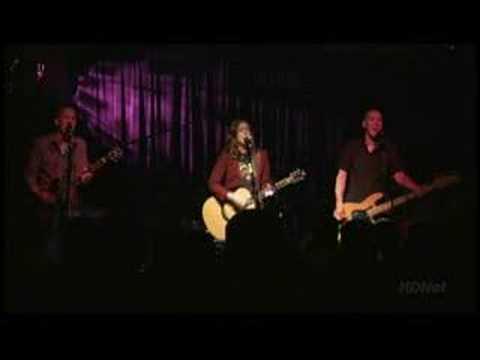 brandi-carlile-follow-live-acksull