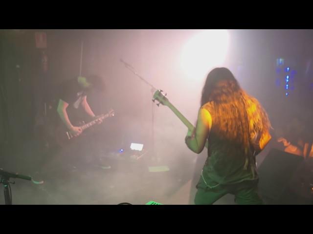 Vídeo de Aathma tocando en directo la canción Mithra