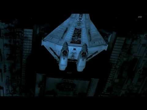 kavinsky-odd-look-music-video-aliens-the-80s-dream
