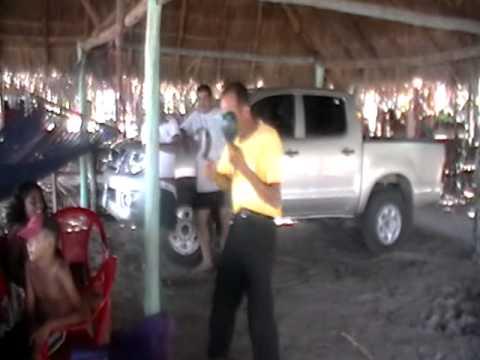 chayanne en las playas de nicaragua  pochomil 2011 y sus movimientos de michael jackson