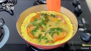 JANTAR SEM CARNE - LEVE E DELICIOSO - Muito fácil essa receita de ovo com tomate e espinafre!!!