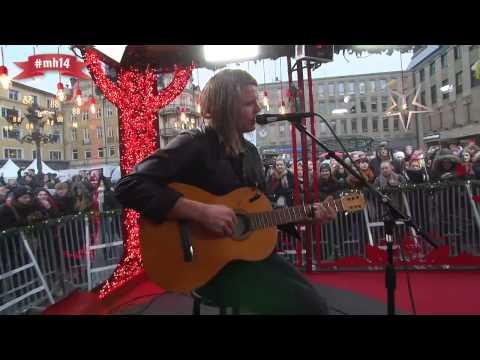 markus-krunegard-under-broarna-i-skanstull-musikhjalpen-2014-markus-evangeliet
