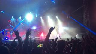 M83 - Midnight City (ending) live at 2016 Governors Ball