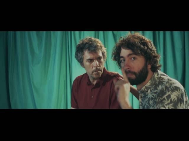 Videoclip Oficial del nuevo single de Iván Ferreiro adelanto de su nuevo álbum. Escúchala al completo en Spotify.