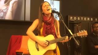 Natalia Doco acoustic 16 05 2015 Clandestino Manu Chao cover Cultura La Queue en Brie
