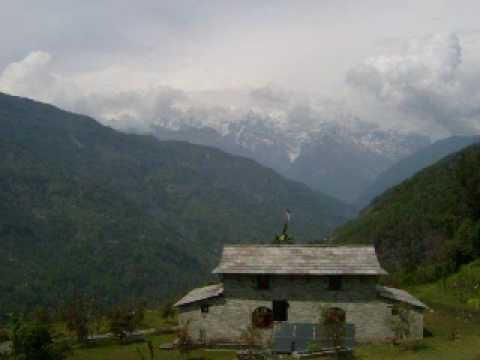 Trekking in Annapurna Nepal