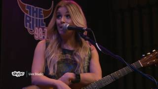 Lindsay Ell - Interview (98.7 THE BULL)
