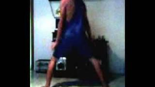 Tentando dançar Funk