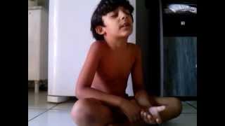 Thiago, criança que ora pra chover em Pirapora Mg se não ele vai morrer