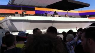 Ricardo Villalobos introduces Juan Atkins' Model 500 with this BOMB TRACK at Dekmantel Festival 2015
