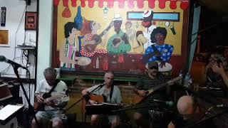 Clube da esquina no bar da Fatinha