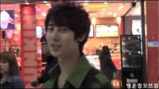 120229 kim hyung jun 김포공항 입국