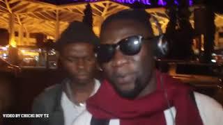 Angalia ROMA alivopokelewa Airport Dar baada ya kutoka Zimbabwe!