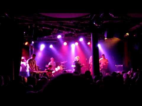 scandinavian-music-group-kaikki-nuoret-tyypit-klubi-tampere-29110-lemposoikoon116
