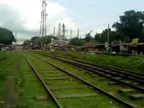 Bangladesh Railway Khulna-Goalondo ghat 'Nakshikantha Express' mail Train video in Rajbari.MP4