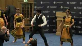 Dr Shah Rukh Khan performs his famous Lungi dance