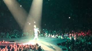 Justin Bieber- Oakland, CA- What Do U Mean Section 119