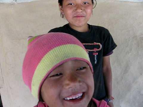 2010 Nepal – girls laughing