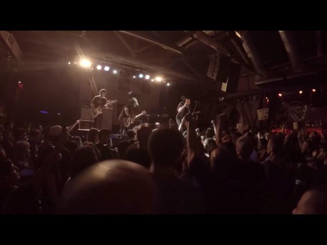 Vídeo de un concierto en la sala Bóveda.
