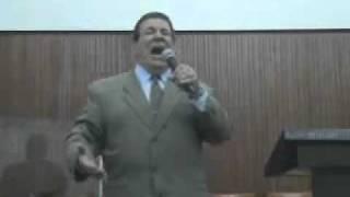 05 - QUANDO ELE ESTENDEU SUA MÃO - canta  LUIZ DE CARVALHO  - YouTube.flv