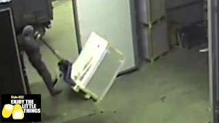 """""""It was at this moment, Jackson knew he fucked up"""" - Warehouse Fail"""