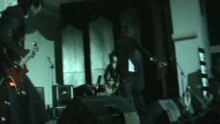 Victorian - Ange (Moi dix Mois cover) at widyatama bandung 2009