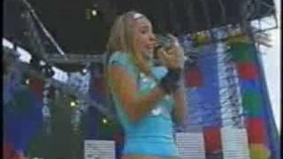 Belinda - Vivir (en vivo)