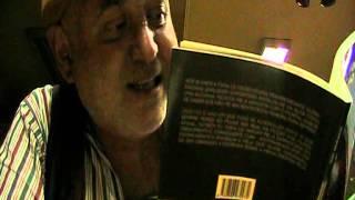 Fernando Guilherme Azevedo meio alcoolizado lê poesia @ Academia Grandela