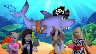 Baby Shark Dance Songs | Kids Songs and Nursery Rhymes | Animal Songs | Super Simple Songs