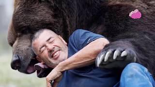صداقات تقشعر لها الأبدان ! 10 علاقات مذهلة بين البشر والحيوانات!!