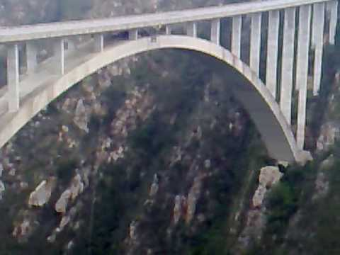 Bungy jumping from Bloukrans River Bridge, South Africa