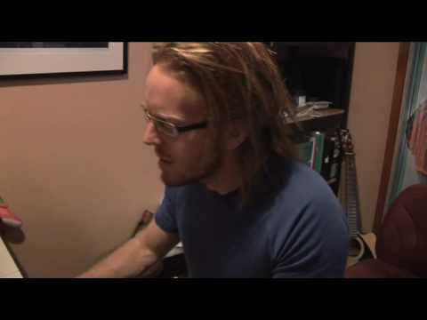 tim-minchin-you-grew-on-me-playing-at-home-maladjustedboy