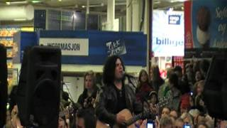 Chris Medina - What are words (Live City Syd)
