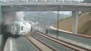 World most dangerous train accident captured live on CCTV in spain.