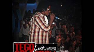 06.Tego Calderón - (Live) Guasa Guasa & Cosa Buena.wmv