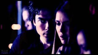 Damon&Elena - Vampire Smile
