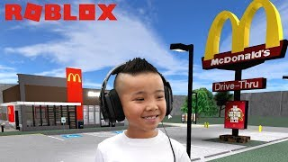 BUILT A McDONALD'S Drive Thru In Roblox CKN Gaming