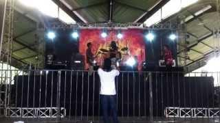 Tas ransel feat Rea - bisa (billfold) live in Medan Teriak!