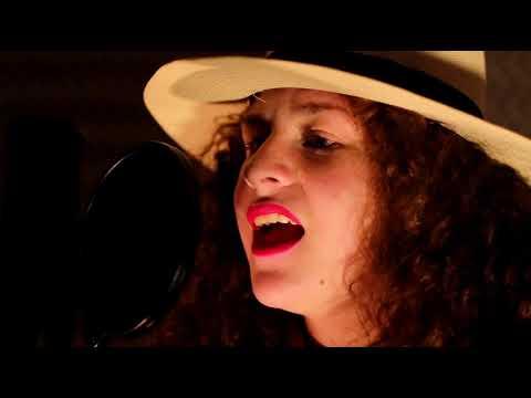 Himno Del Pobre de Juan Cruz Letra y Video
