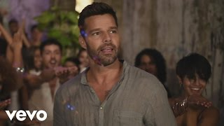 Ricky Martin - La Mordidita - Behind the Scenes ft. Yotuel