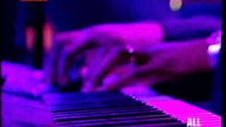Amy Winehouse Addicted {Live @ Alcatraz Milano (26.10.2007)}